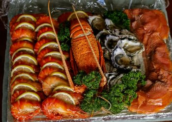 Smoked Oysters – Explore the oceanic taste